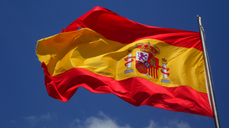 Consulado de España en Cuba cambia de local y duplica emisión de pasaportes